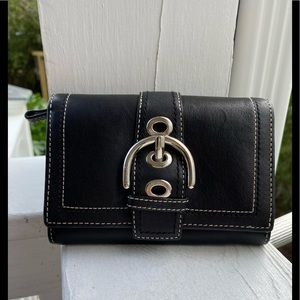 Coach wallet with buckle. Black